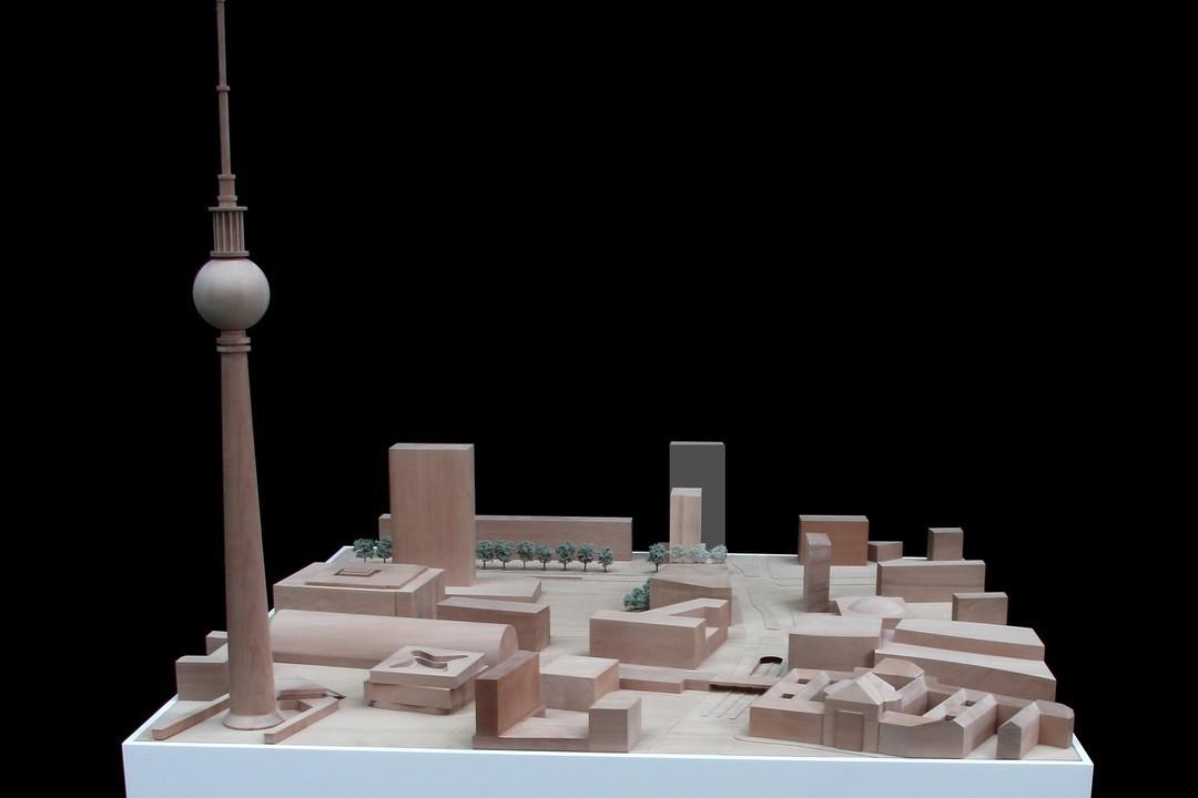 Hines_Alexanderplatz_Hochhaus_01.jpg